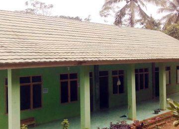 Gedung Madrasah Diniyah Cikupa